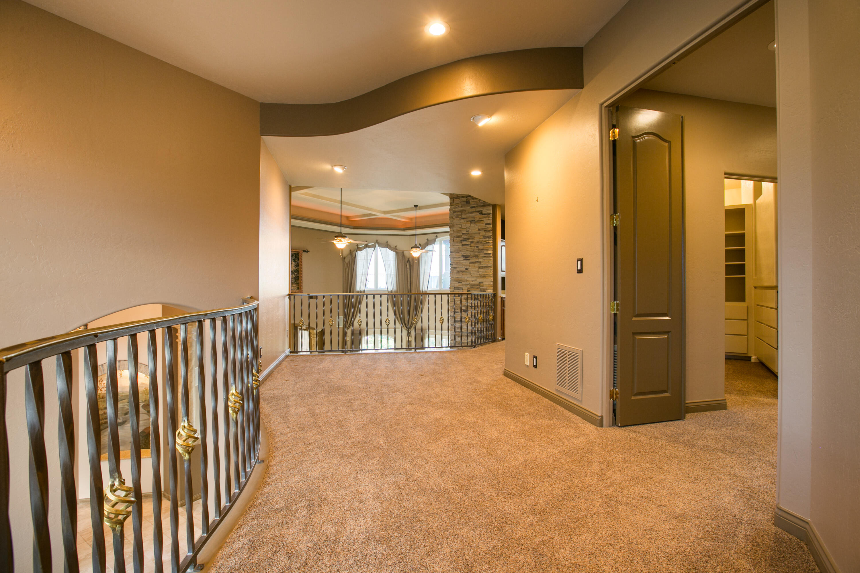 8340 Beverly Hills Avenue Ne Property Photo 57