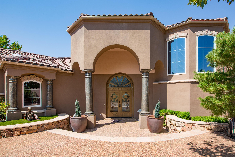 8340 Beverly Hills Ne Avenue Property Photo 4