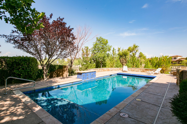8340 Beverly Hills Ne Avenue Property Photo 14
