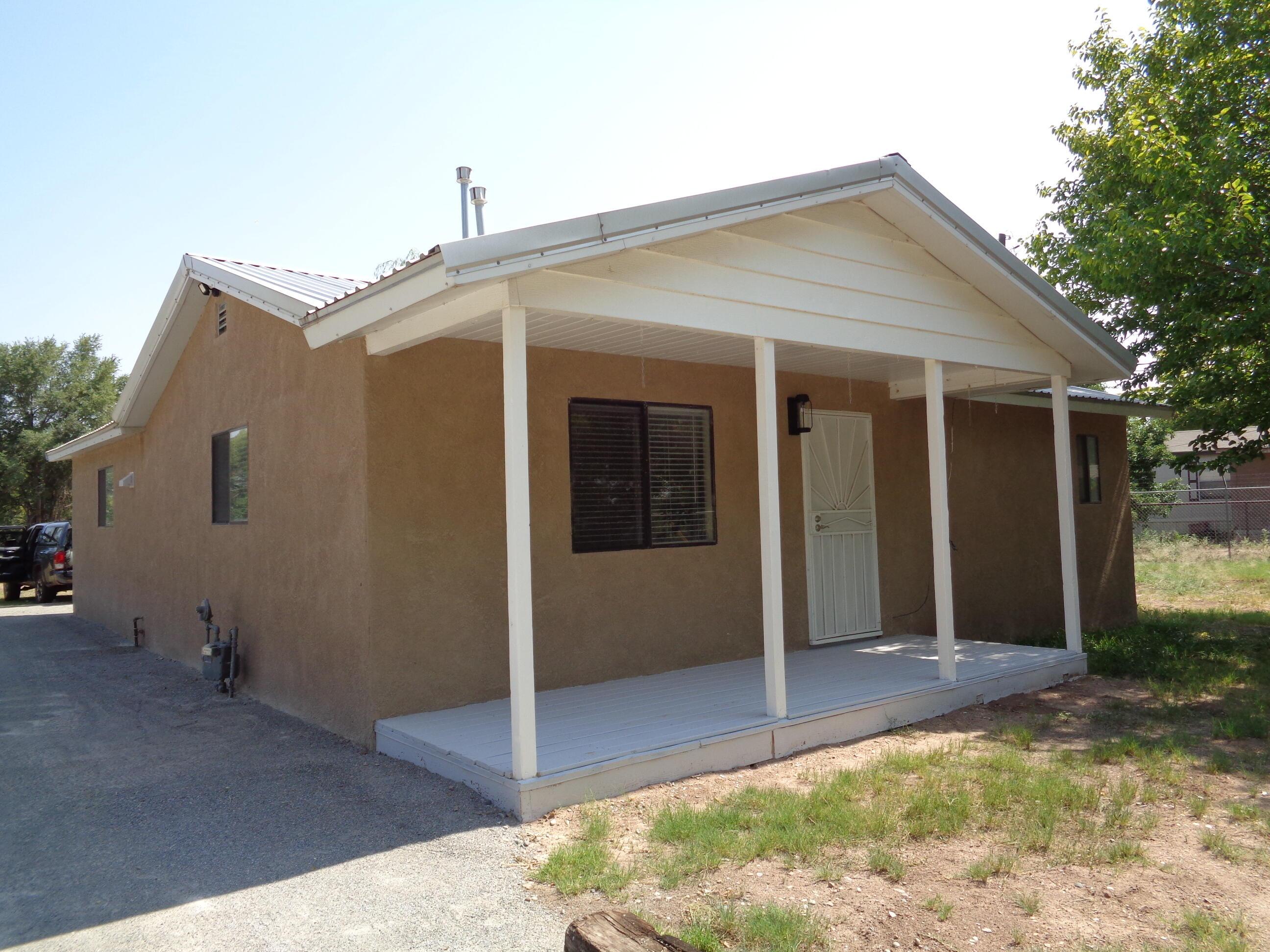 13 Camino De Los Chavez Property Photo 1