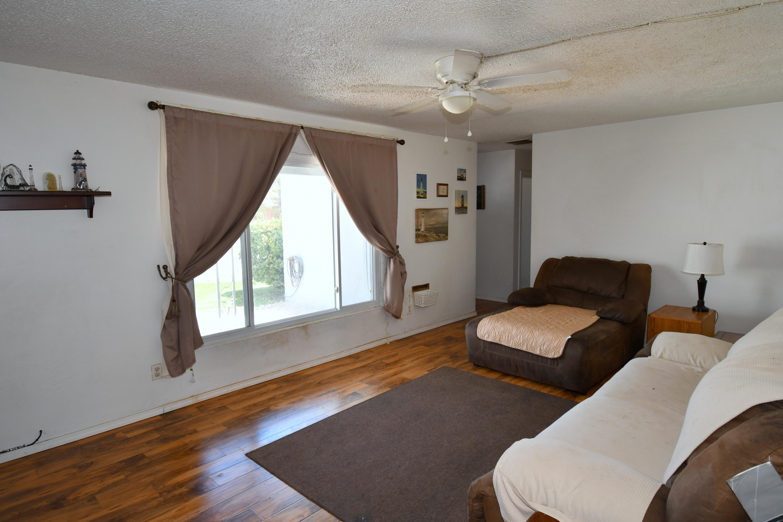 8010 ROMA Avenue NE Property Picture 4