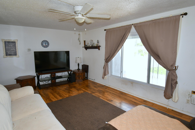 8010 ROMA Avenue NE Property Picture 5