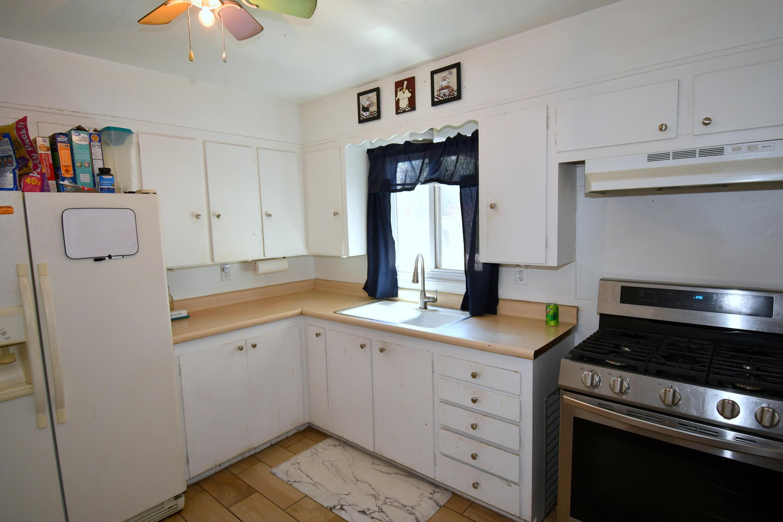 8010 ROMA Avenue NE Property Picture 6