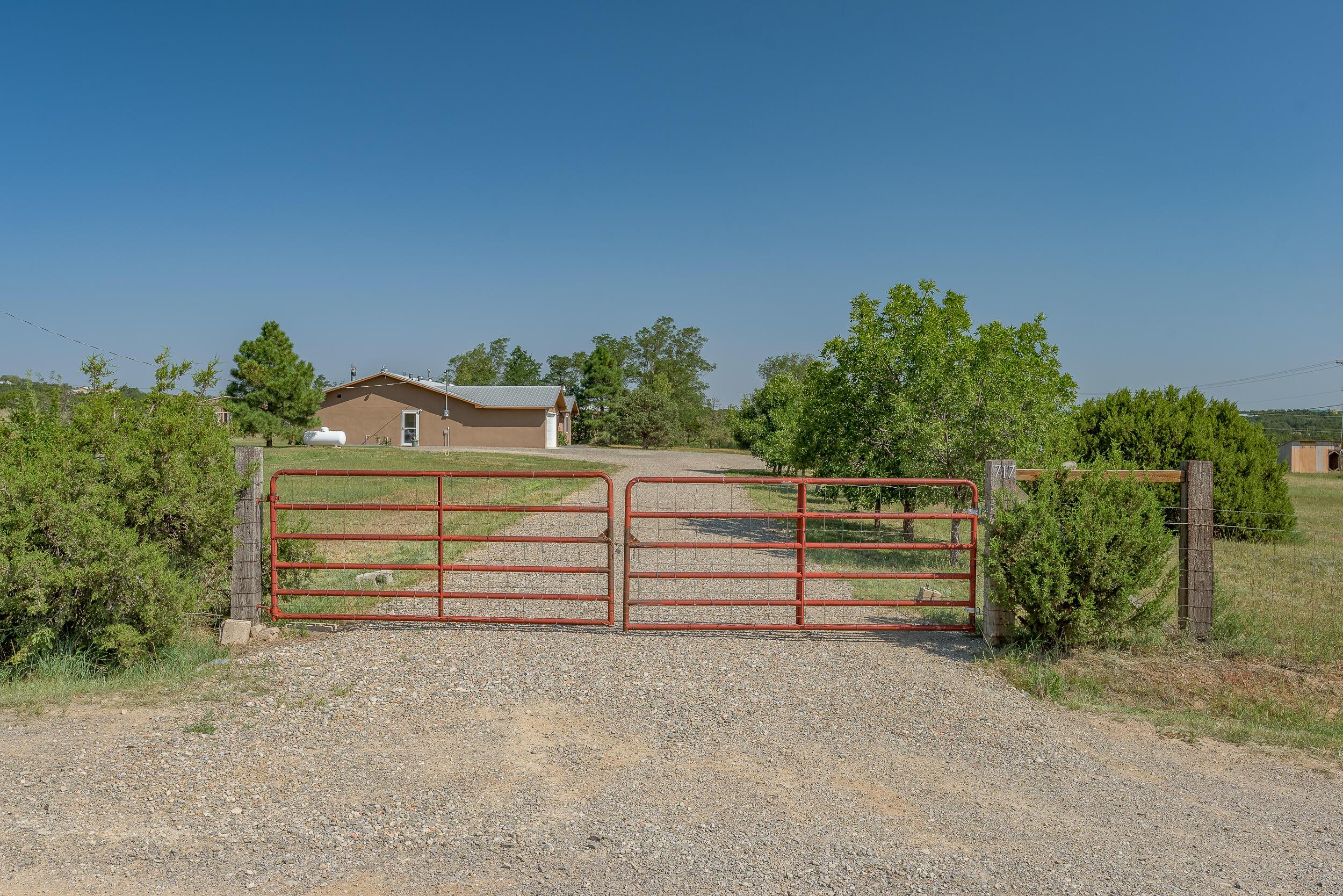 717 Nm 217 Property Photo 1