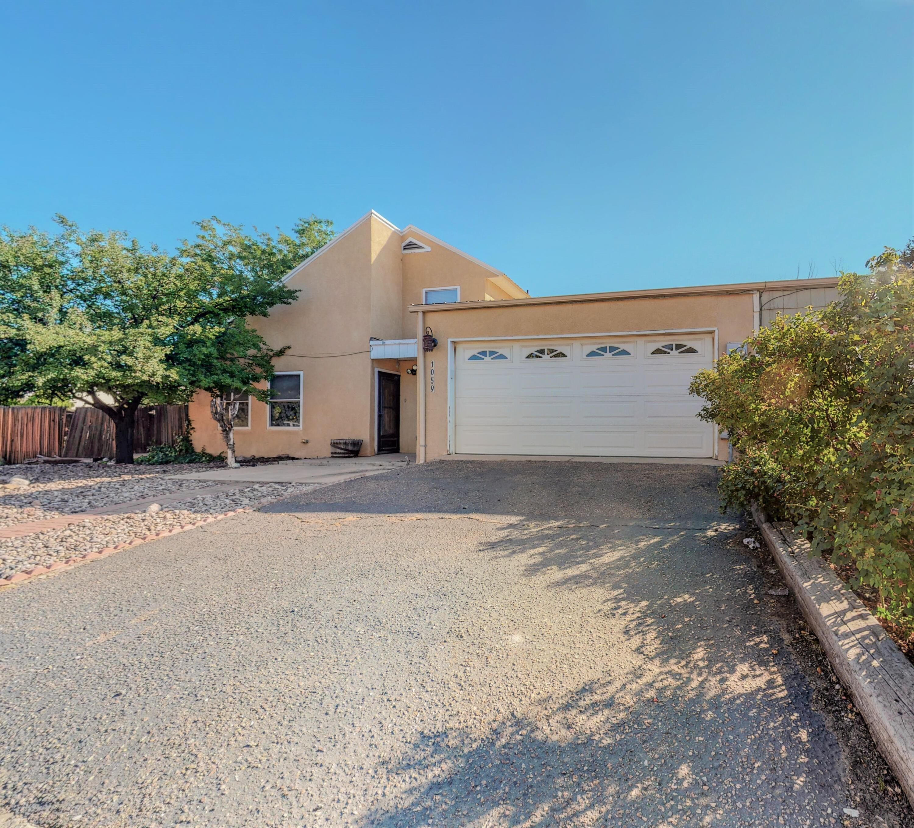 1059 Willow Way Property Photo 1