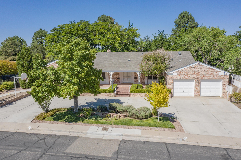4401 Altura Avenue Ne Property Photo 1