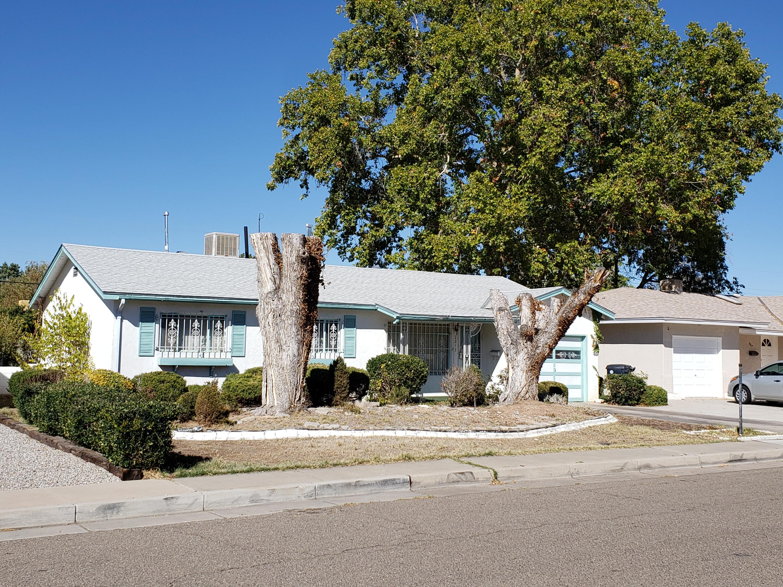 2813 Valencia Drive Ne Property Photo 1