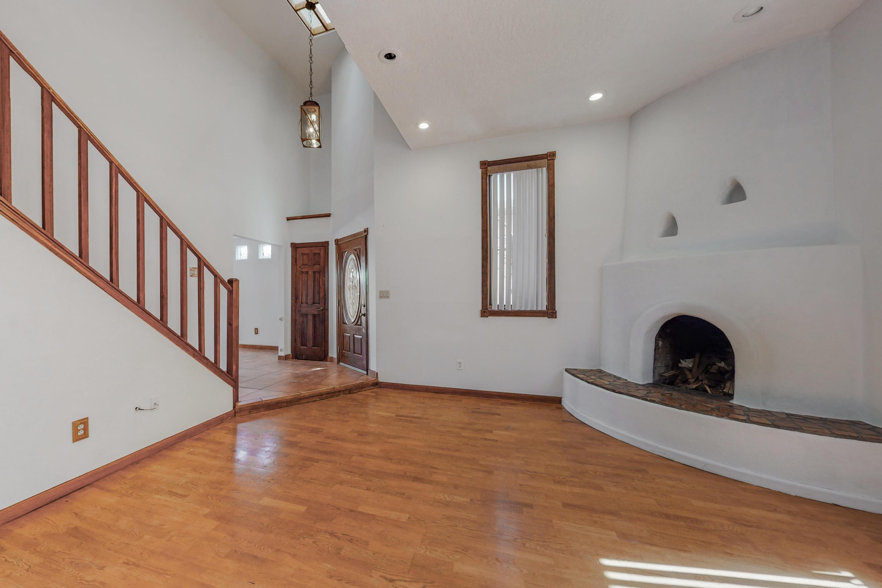 7613 Sandlewood Drive Nw Property Photo