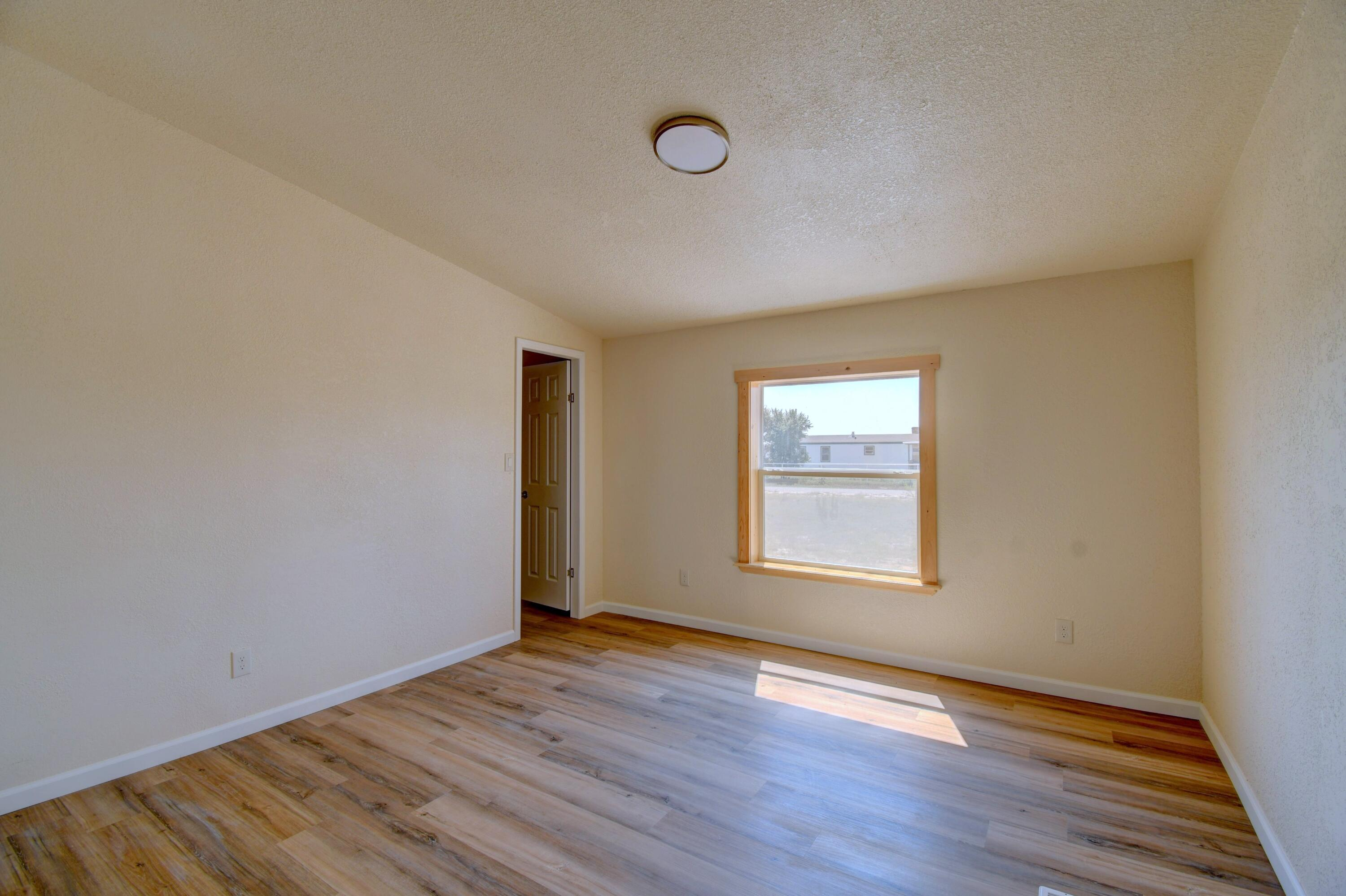 20 Meadow Road Property Photo 15