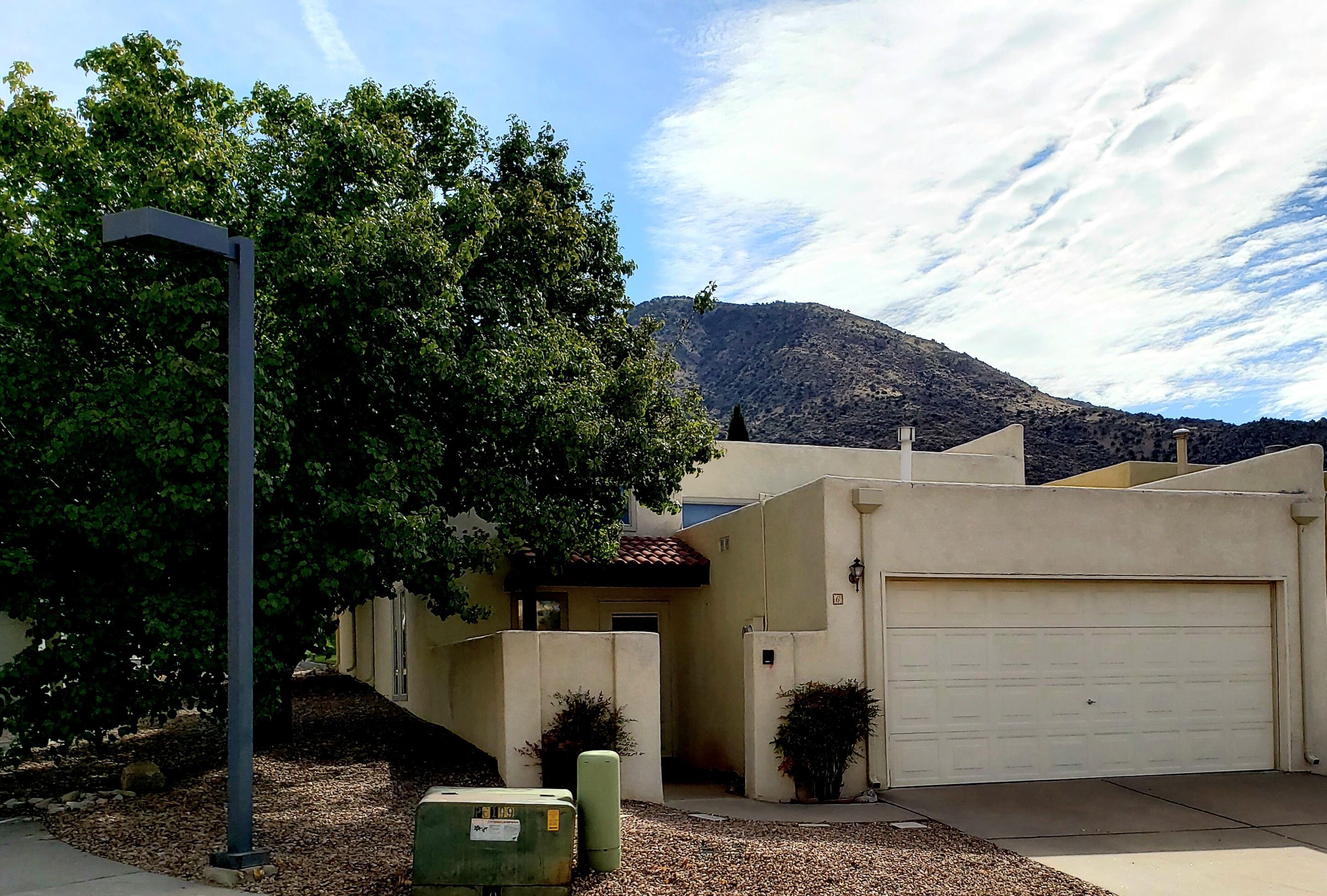 6 Pheasant Hill Drive Ne Property Photo 1