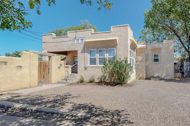 114 Maple 116 Street Se Property Photo