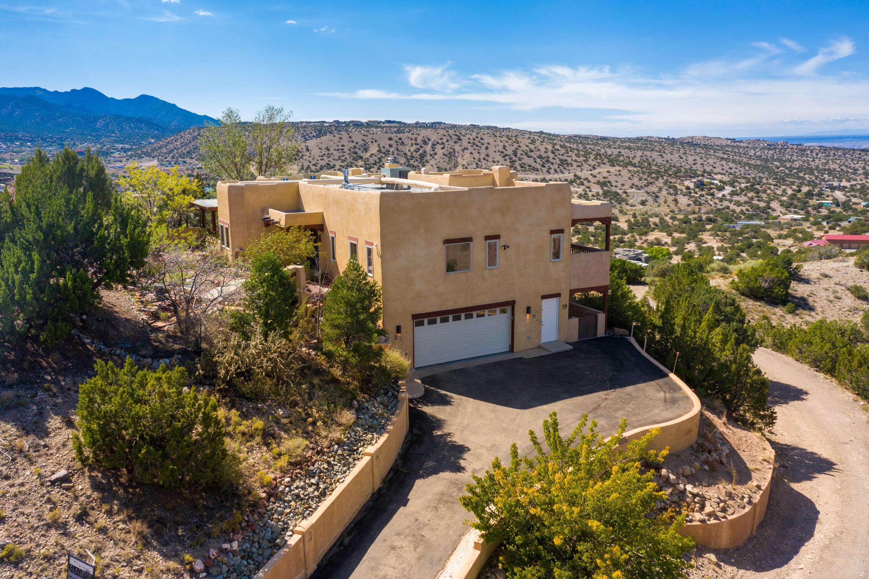 64 Camino De Las Brisas Property Photo