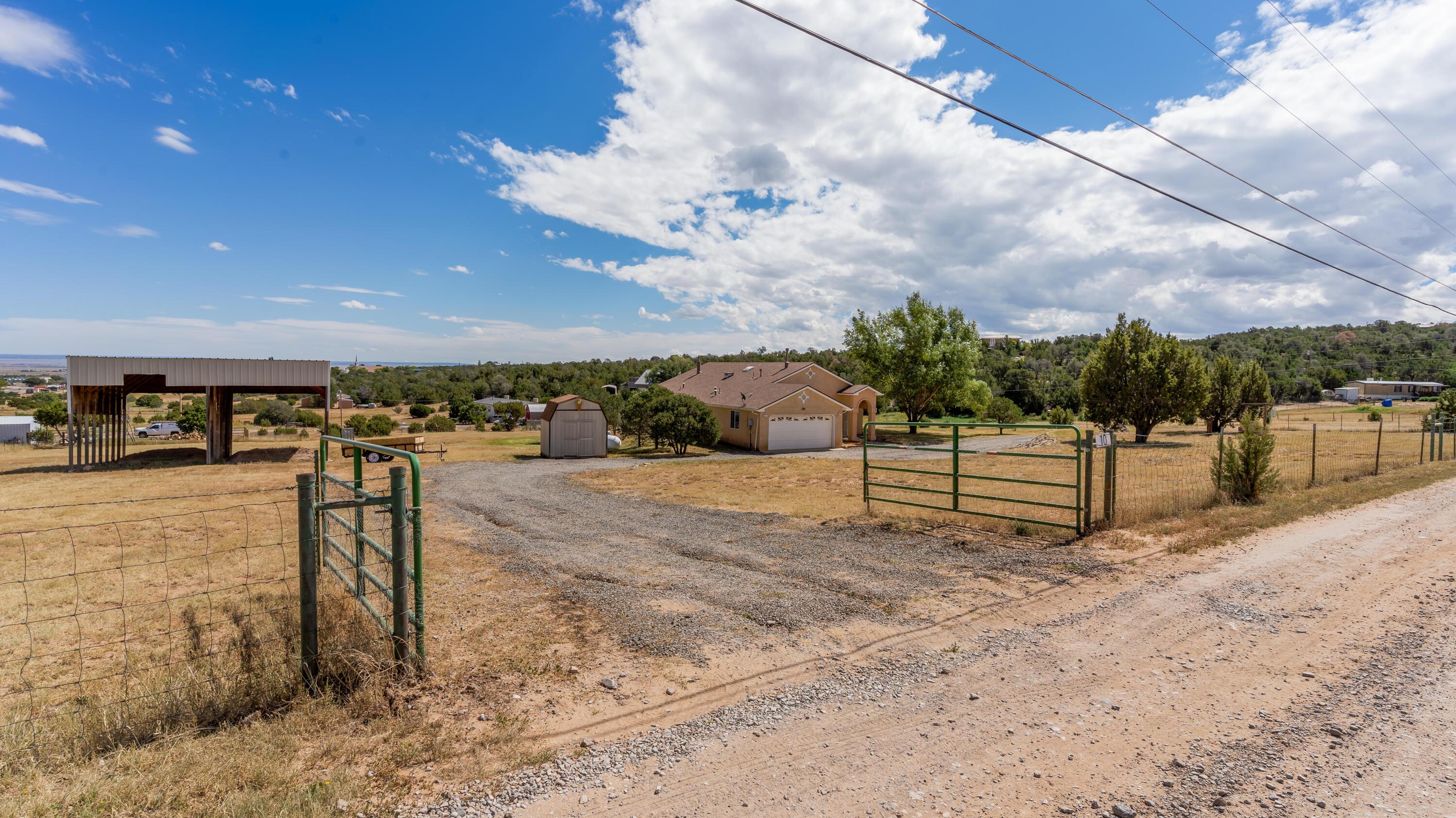 10 Southwood Drive Property Photo 12