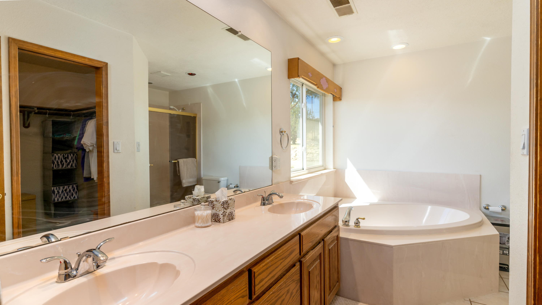 10 Southwood Drive Property Photo 26