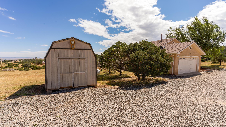 10 Southwood Drive Property Photo 39