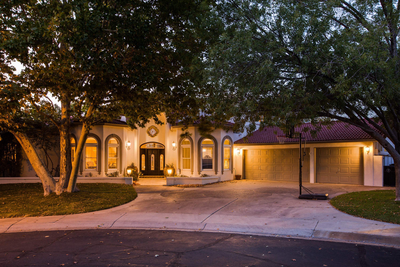 6401 Oak Hill NE Property Photo 1