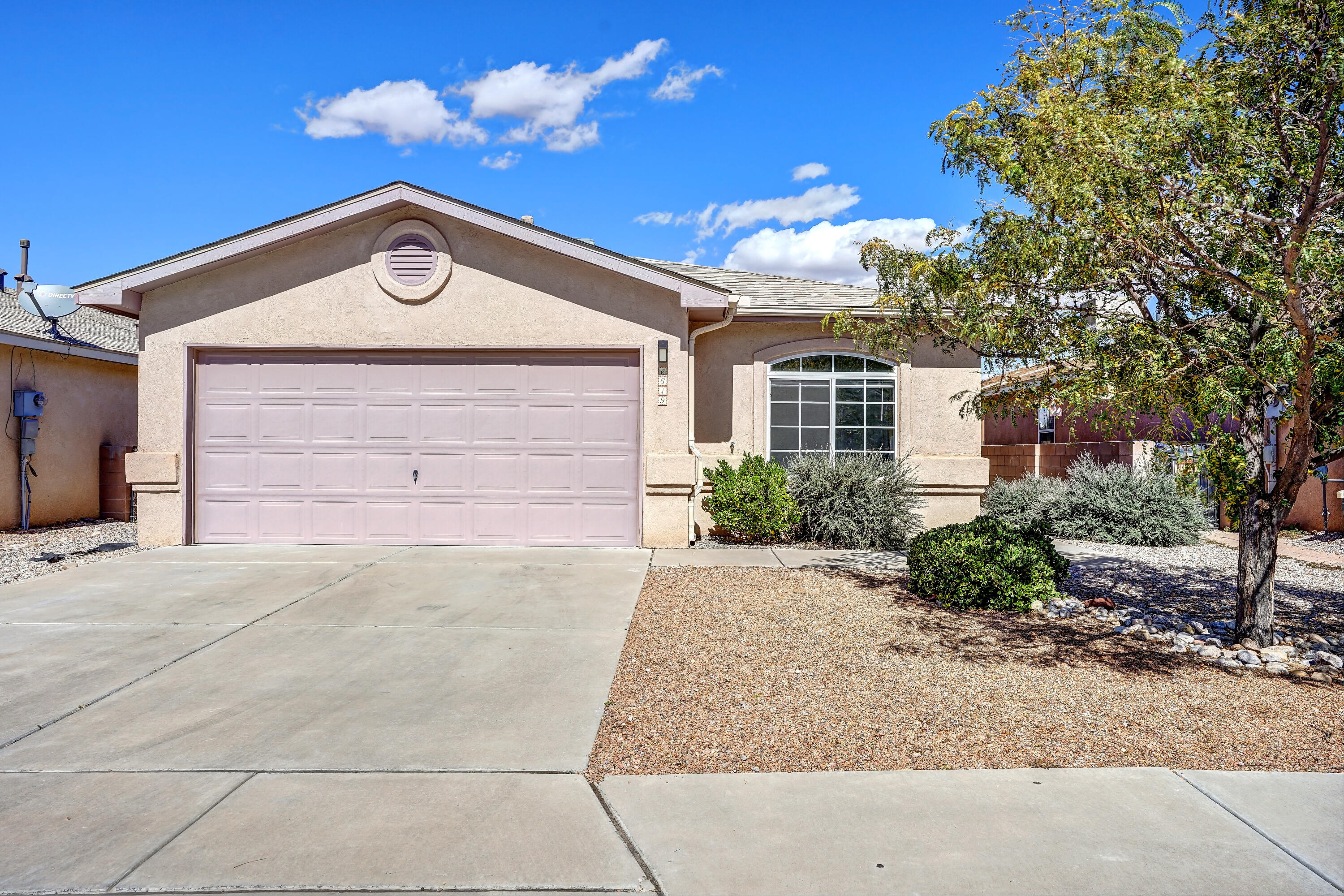 6619 COUNTRY COVE Place NW Property Photo 1