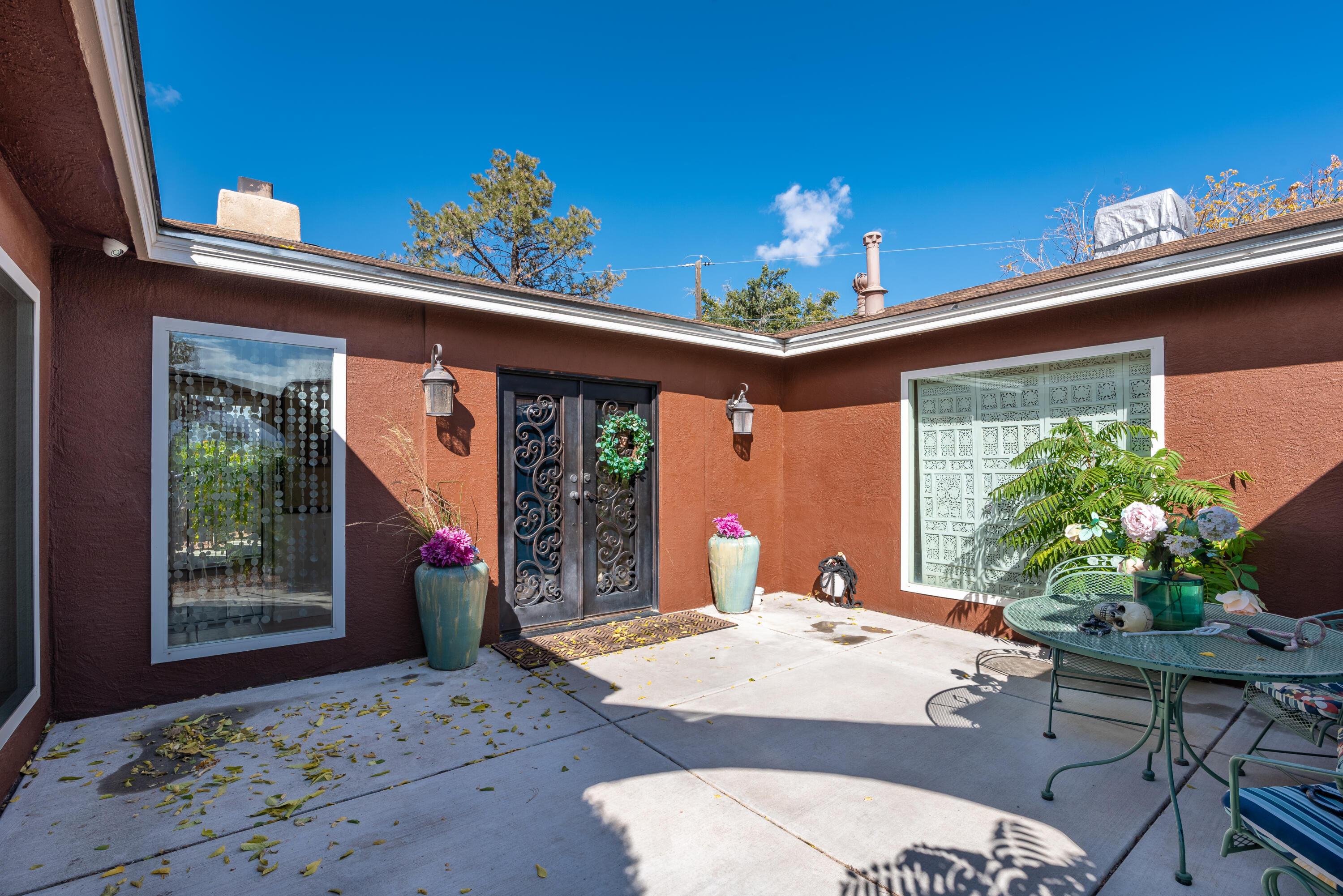 3711 35th Circle Se Property Photo 1