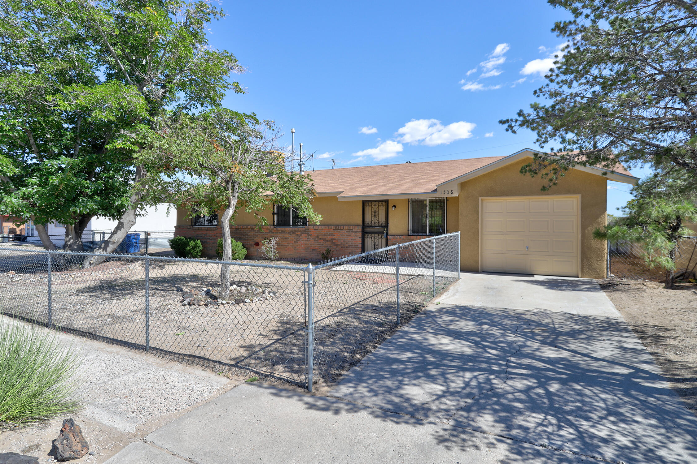 1508 Catalina Place Sw Property Photo 1