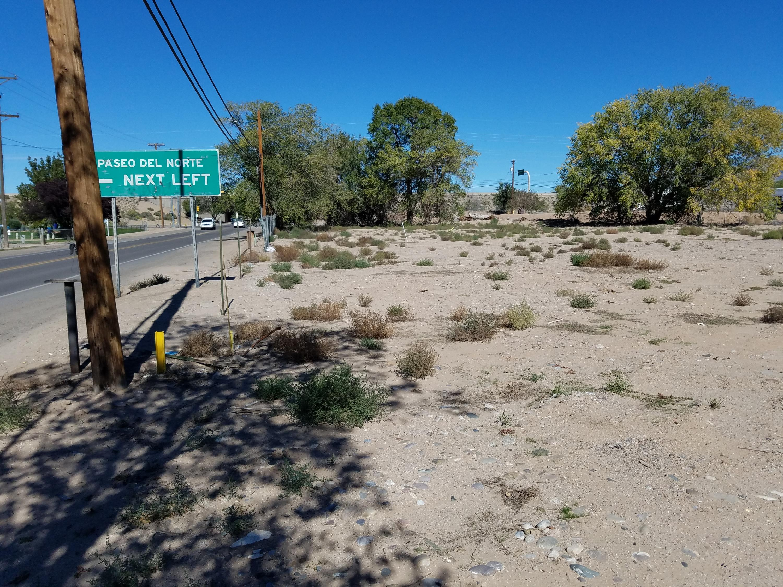 8120 Edith Boulevard Ne Property Photo