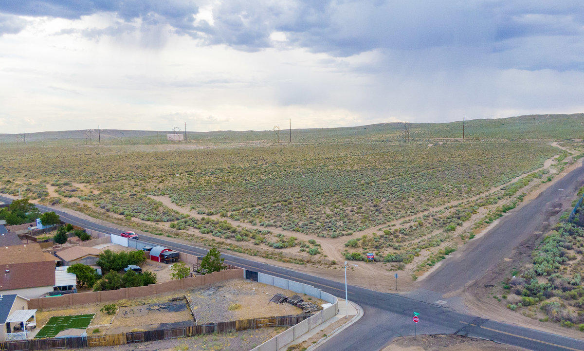 11500 Eucariz Avenue Sw Property Photo 2