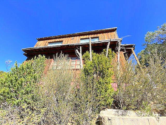 210- Carnuel~monticello Real Estate Listings Main Image