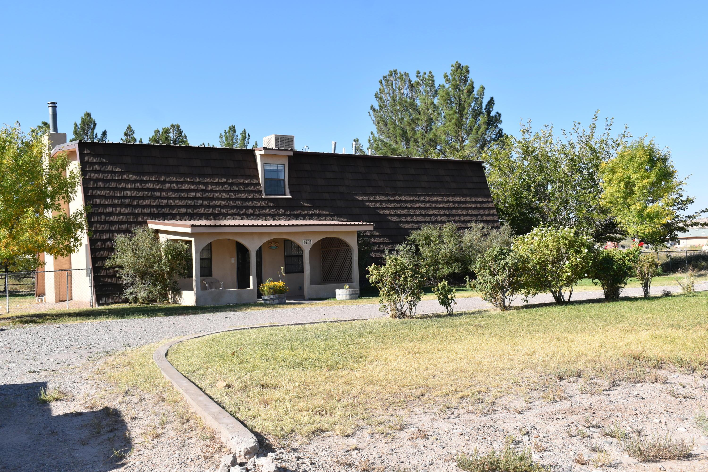 25 Palomas Circle Property Photo 1