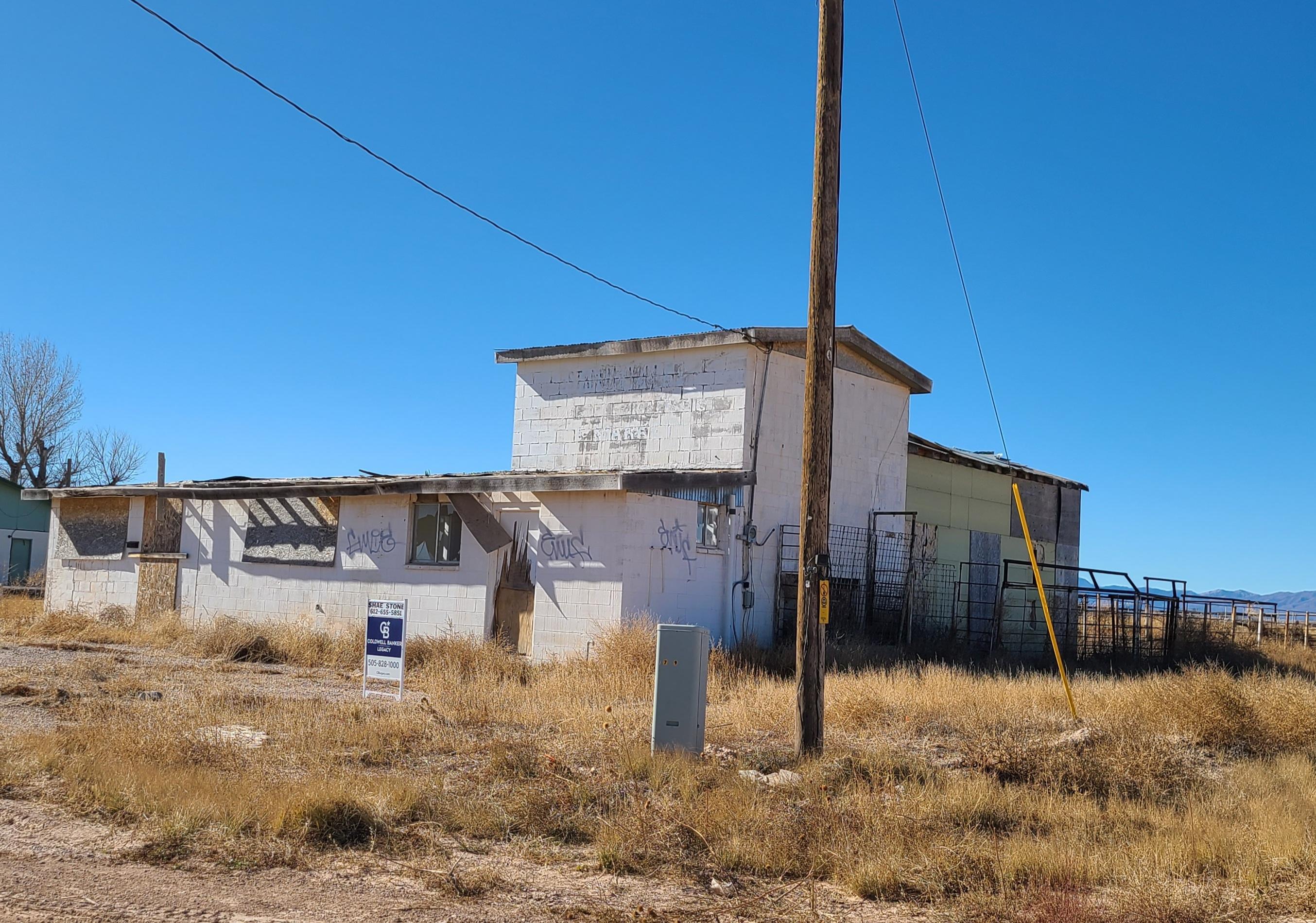 723 WALKER Street Property Photo 1
