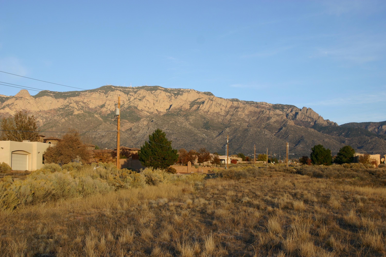 8620 Glendale Avenue Ne Property Photo
