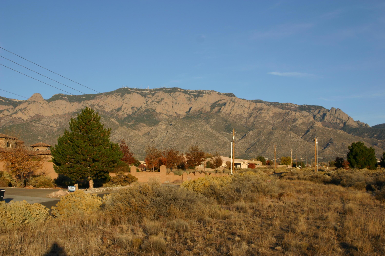 8720 Glendale Avenue Ne Property Photo