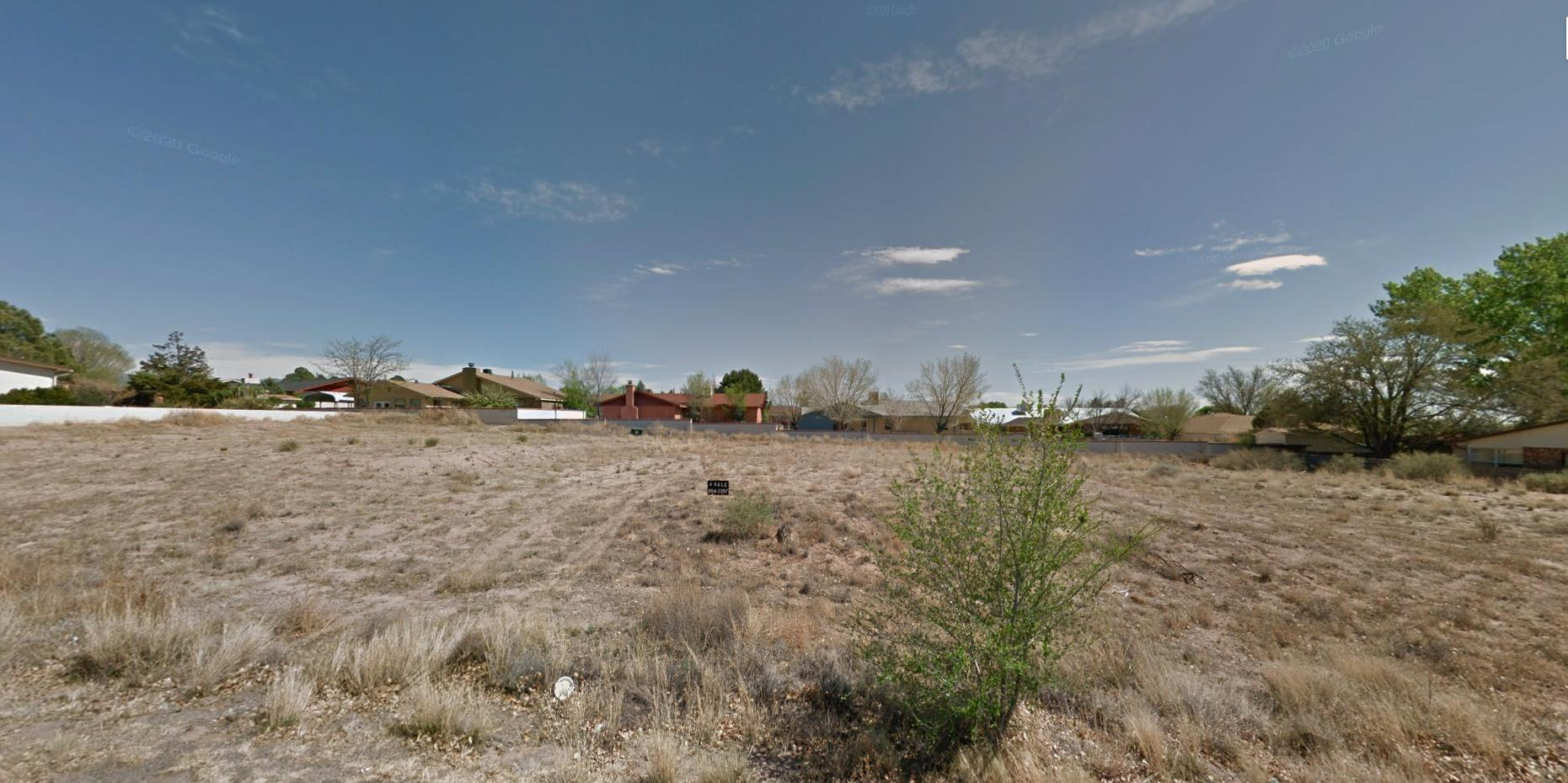 Golf Course Road Property Photo