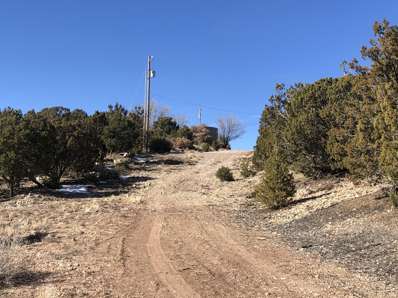 Pinon Heights Property Photo 3