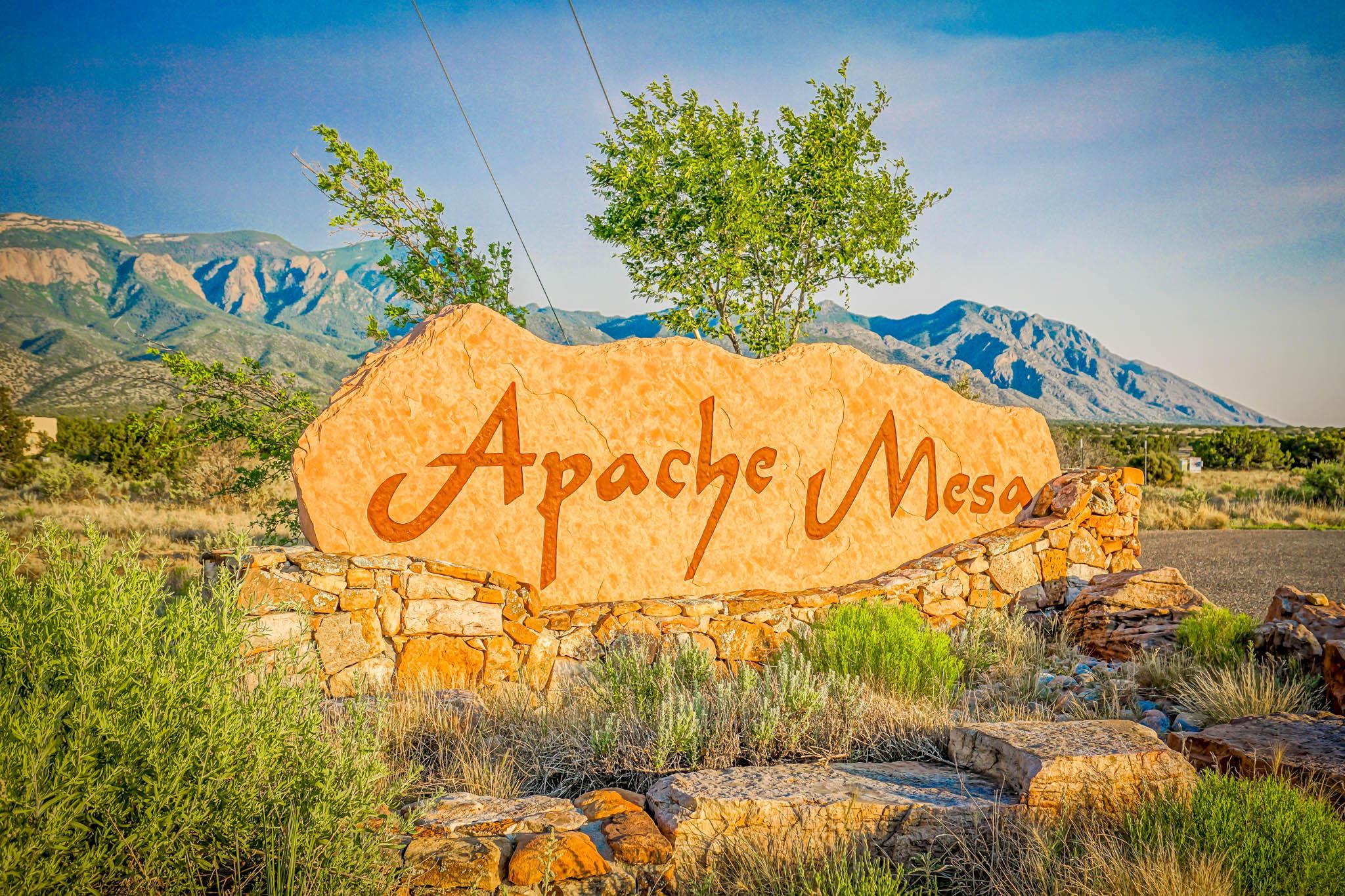 Apache Mesa Real Estate Listings Main Image