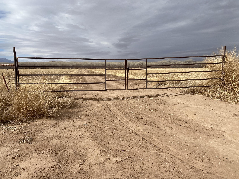 Jamarillo Loop Property Photo 1