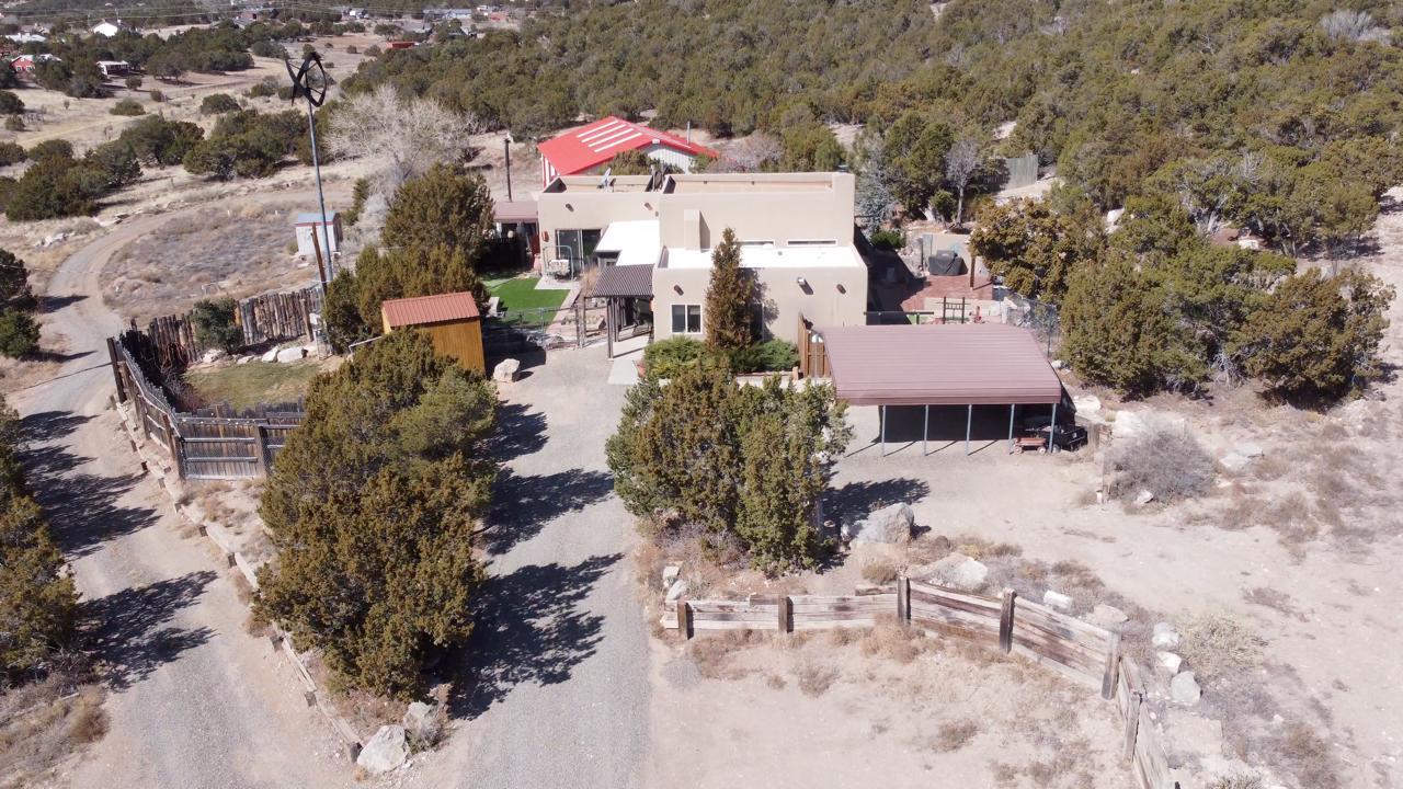 98 Edgewood 7 Property Photo 1