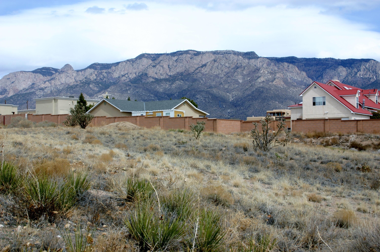 10805 San Rafael Avenue Ne Property Photo