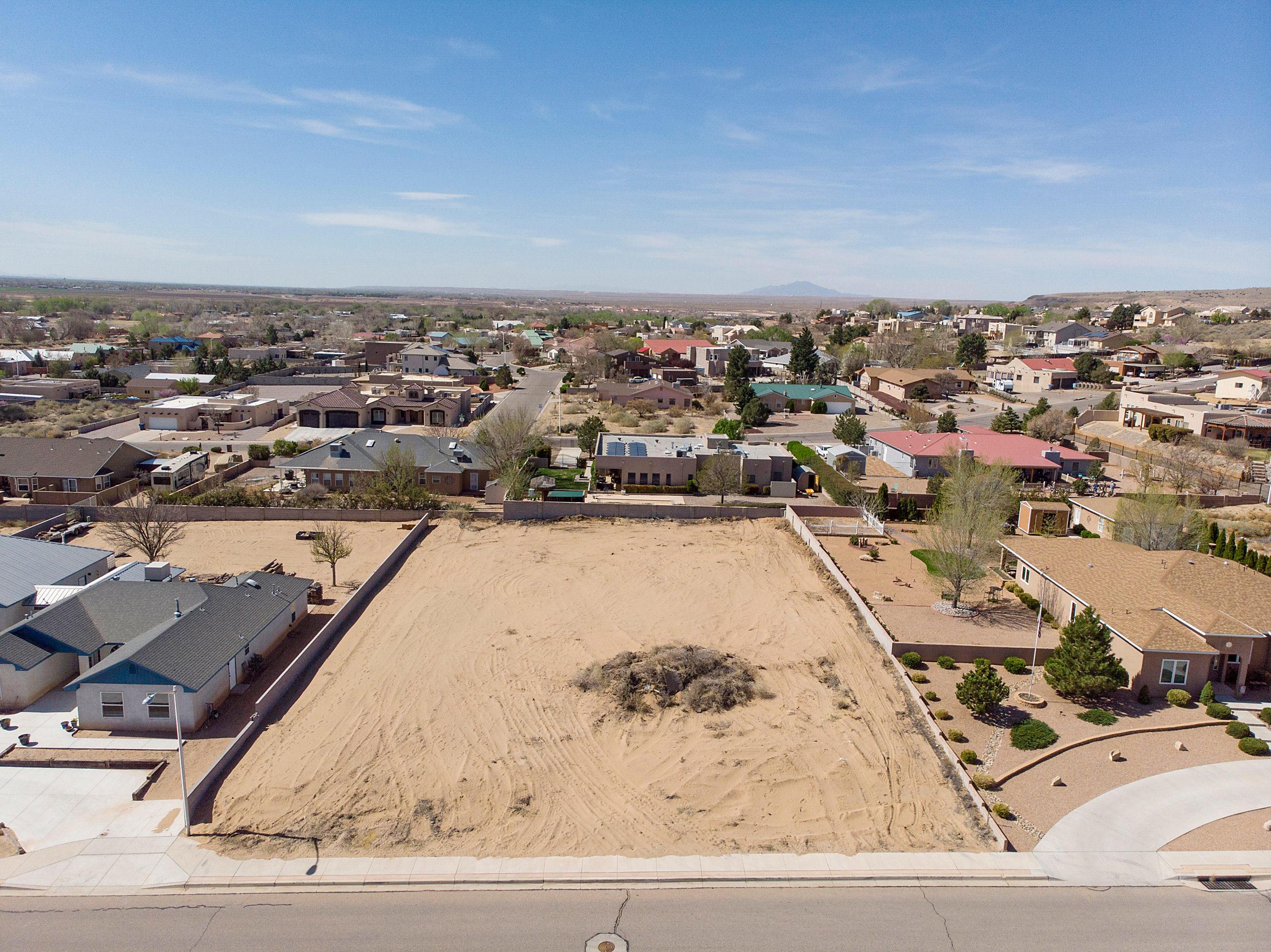 Luna Hills Real Estate Listings Main Image