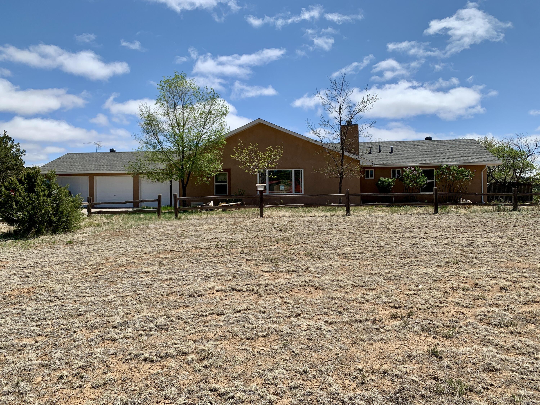 14 Crestview Road Property Photo 1