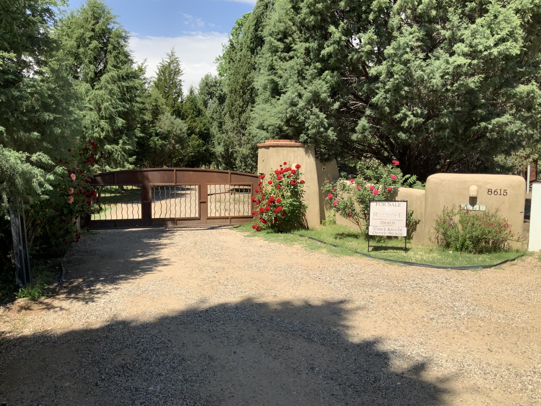 8615 Rio Grande Nw Boulevard Property Photo 1