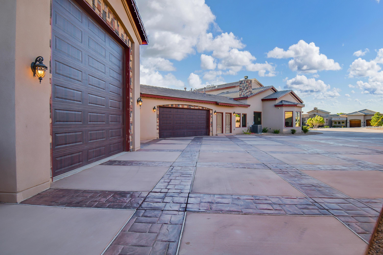 9900 Eagle Rock Avenue Ne Property Photo 10