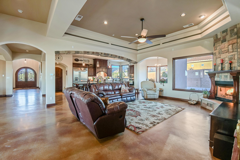 9900 Eagle Rock Avenue Ne Property Photo 32