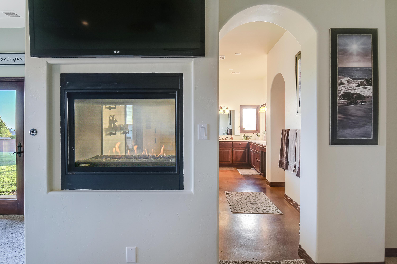 9900 Eagle Rock Avenue Ne Property Photo 47