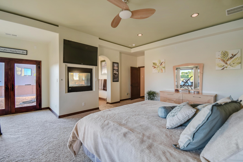 9900 Eagle Rock Avenue Ne Property Photo 55