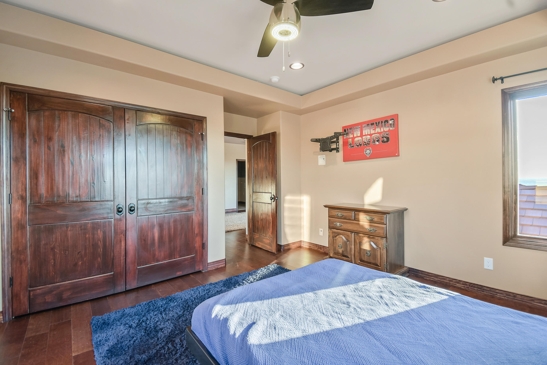 9900 Eagle Rock Avenue Ne Property Photo 79