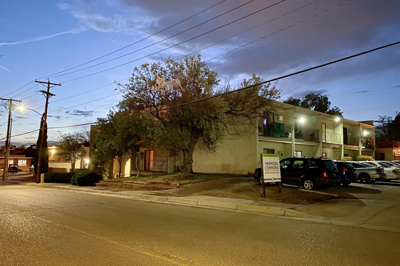 200 Hermosa Ne Drive Property Photo