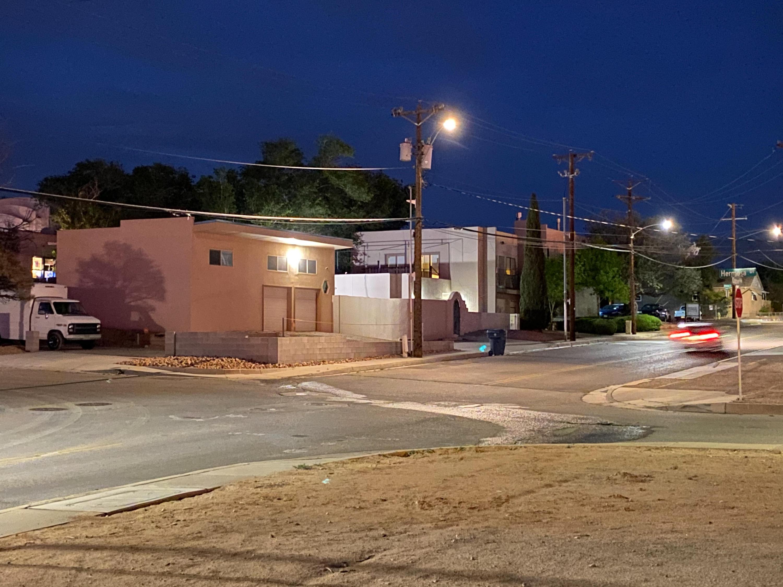 200 Hermosa Drive Ne Property Photo 16