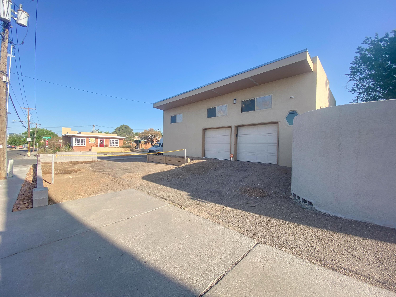 200 Hermosa Drive Ne Property Photo 24