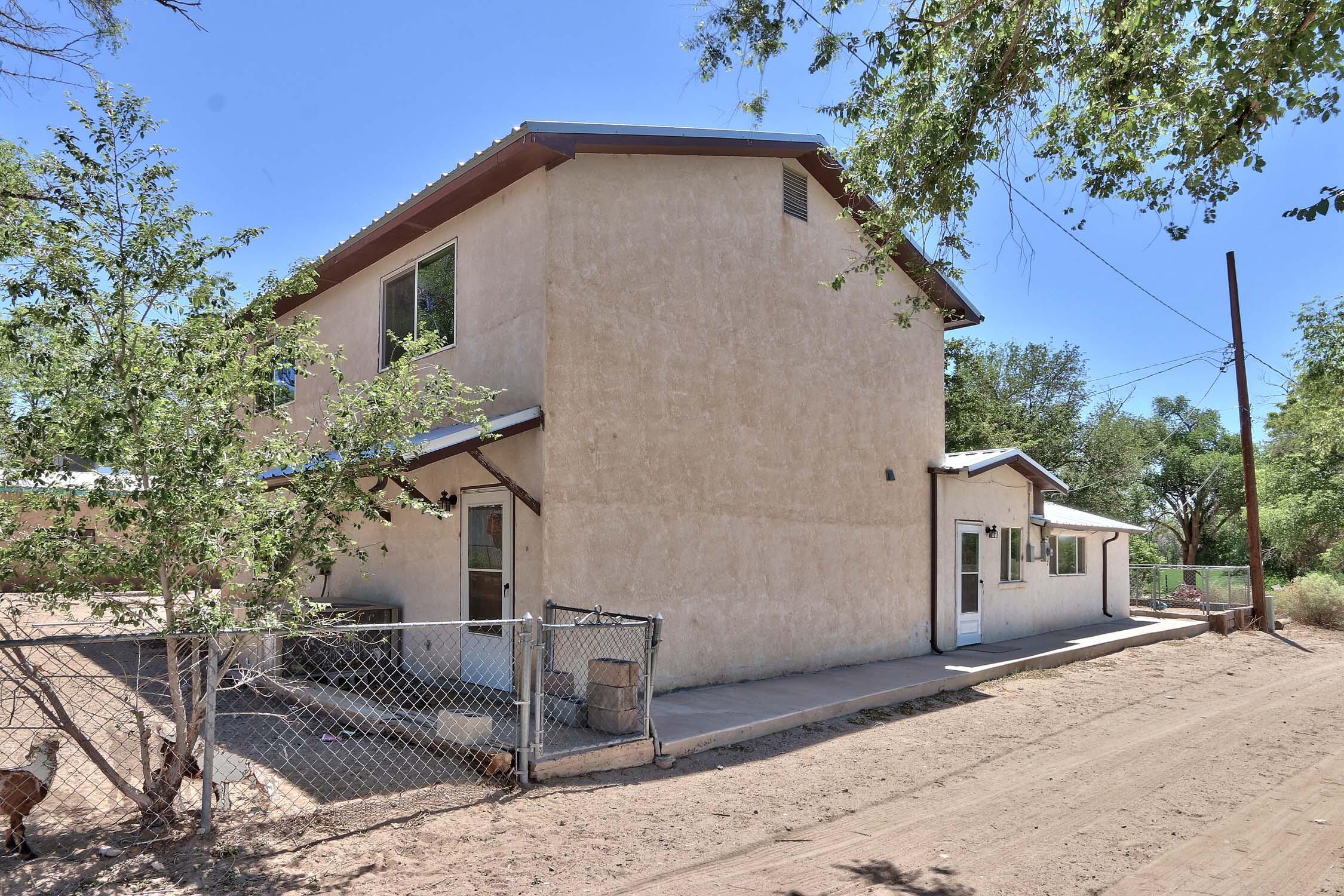 8200 Bates Road Se Property Photo 20