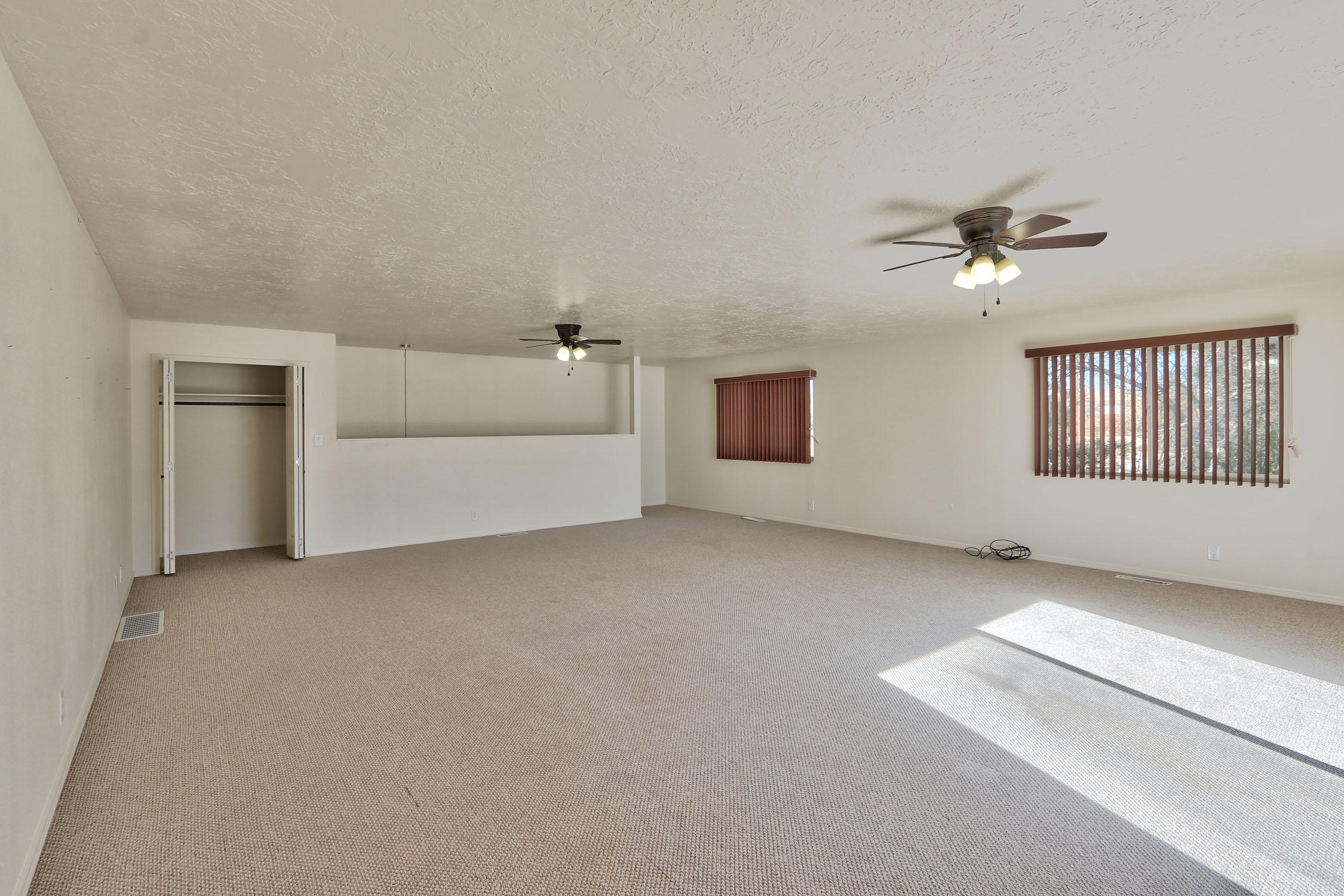 8200 Bates Road Se Property Photo 32