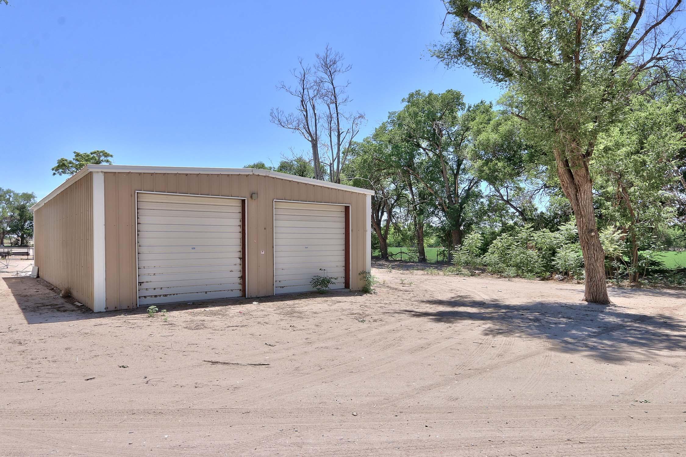 8200 Bates Road Se Property Photo 37